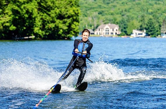 Wasserski- & Wakeboard-Einsteigerkurs mit Tagesticket bei Kufstein