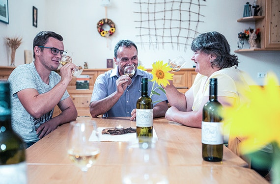 Weinverkostung Hohenruppersdorf für 2