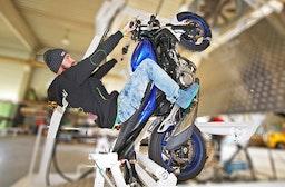 Motorrad Wheelie-Training Raum Wien