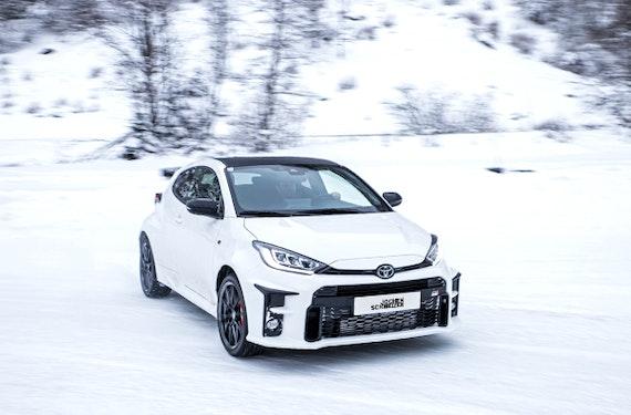 Winter Drift Training im Toyota GR Yaris (2 Std.)